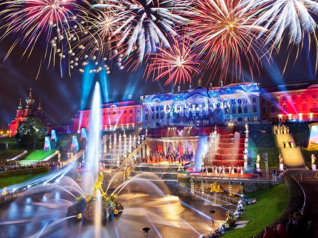 Тур на праздник открытия фонтанов в Петергофе!
